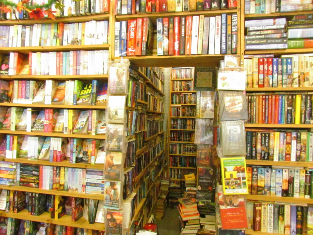 Books Gibraltar Market London Ontario (2)