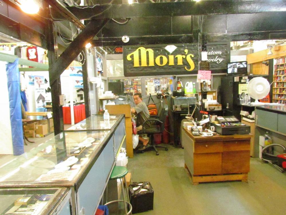 Moirs custom jewelry and repairs gibraltar market London ontario